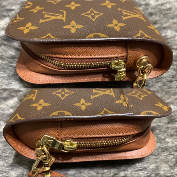Louis Vuitton Handbags - Authentic Vintage LOUIS VUITTON Orsay Clutch